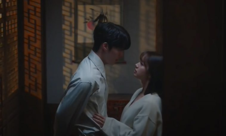 nonton my roommate is a gumiho